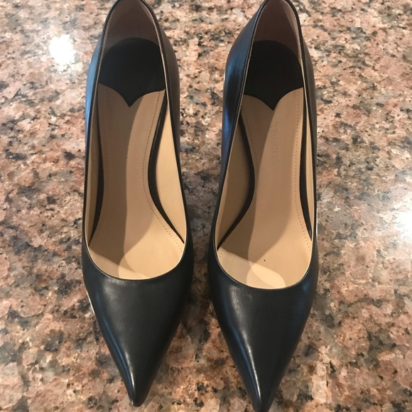 Theory Shoes | Simple Black Pumps Size